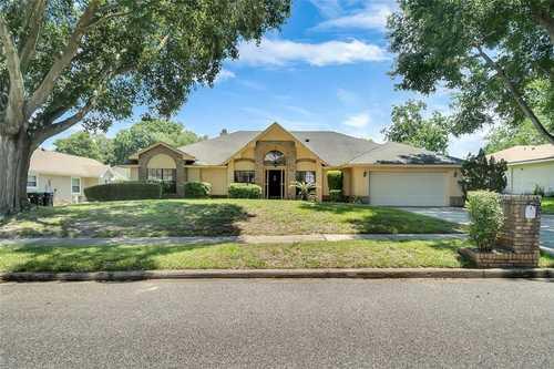 $582,900 - 4Br/2Ba -  for Sale in North Bay, Orlando