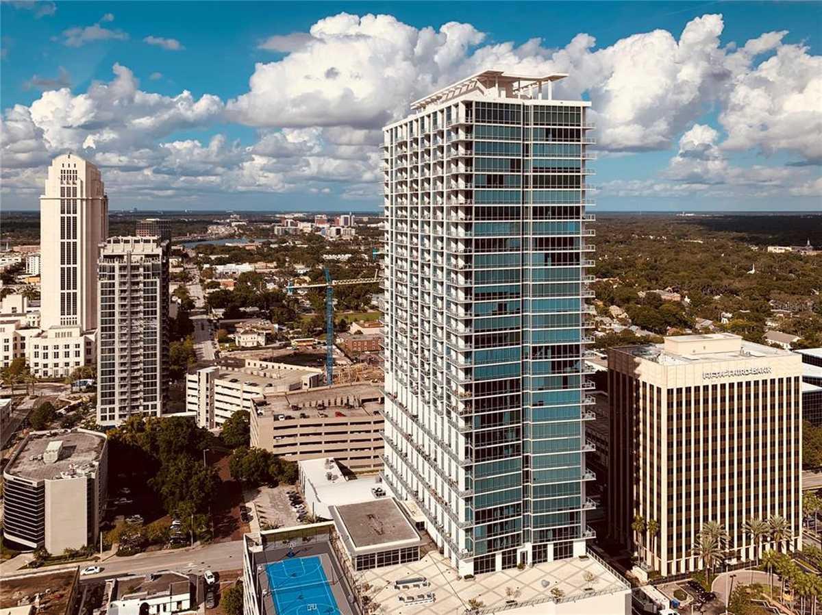 $387,900 - 2Br/2Ba -  for Sale in Vue/lk Eola, Orlando