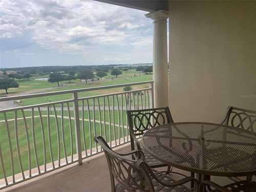 $530,000 - 3Br/3Ba -  for Sale in Cg Villas Building 1, Davenport