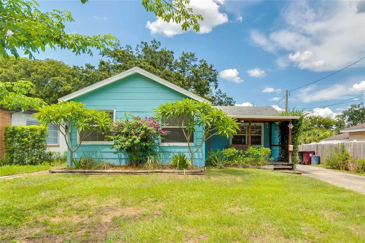 $305,000 - 2Br/2Ba -  for Sale in Smith & Hayes Add, Orlando