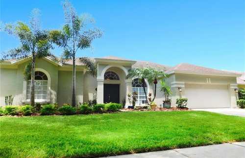 $544,900 - 4Br/3Ba -  for Sale in Sand Lake Cove Ph 02, Orlando