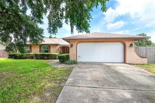 $395,000 - 3Br/2Ba -  for Sale in Bay Lakes At Granada Sec 03, Orlando