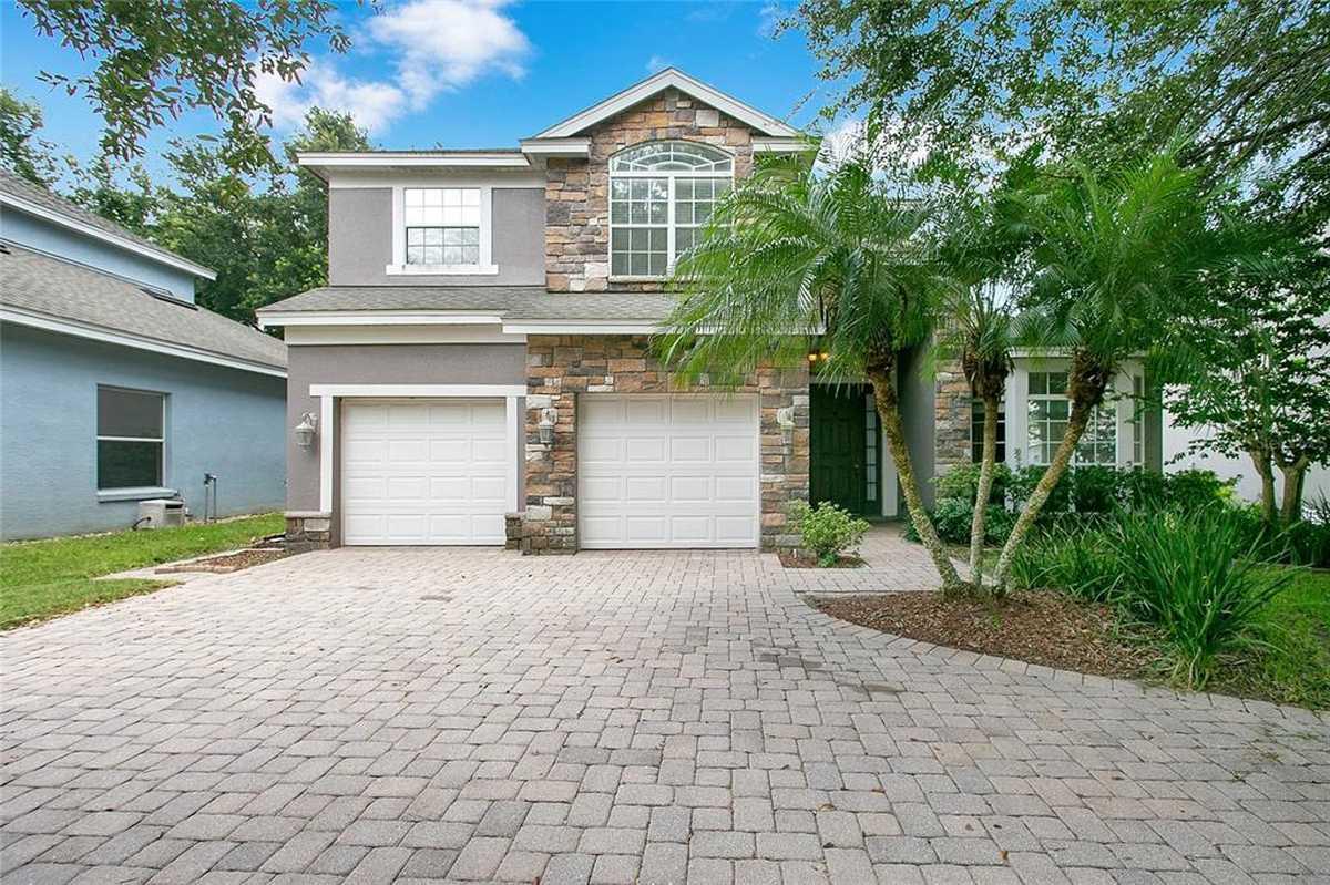 $599,900 - 4Br/3Ba -  for Sale in Rosedale Cove, Orlando