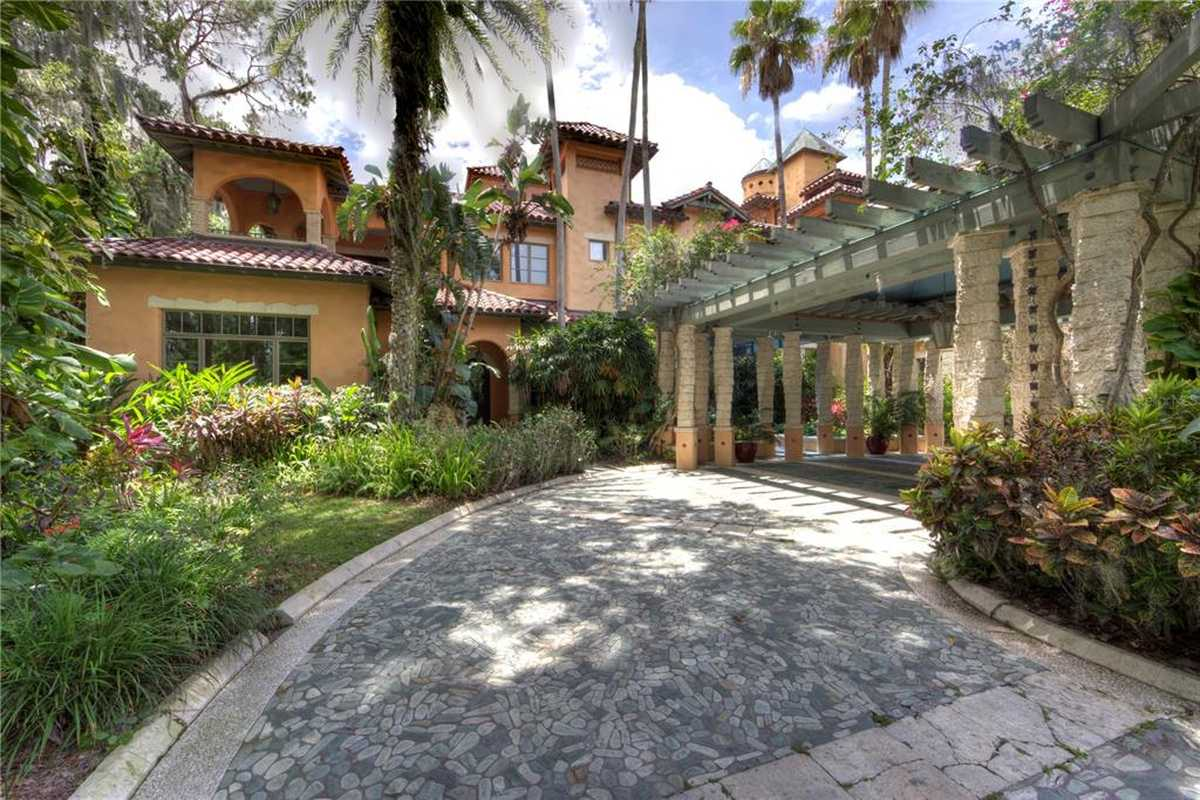 $25,000,000 - 12Br/15Ba -  for Sale in Cypress Point Ph 02, Orlando