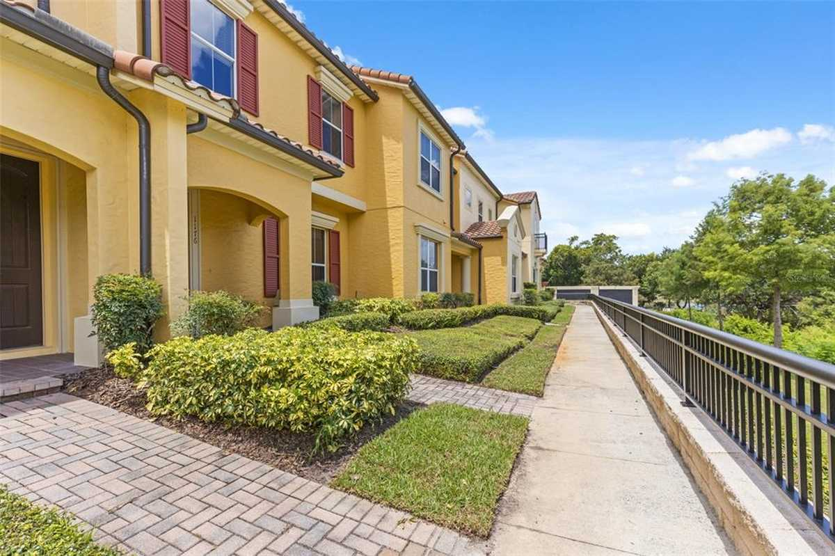 $427,500 - 3Br/3Ba -  for Sale in Enclave/maitland A-f, Maitland