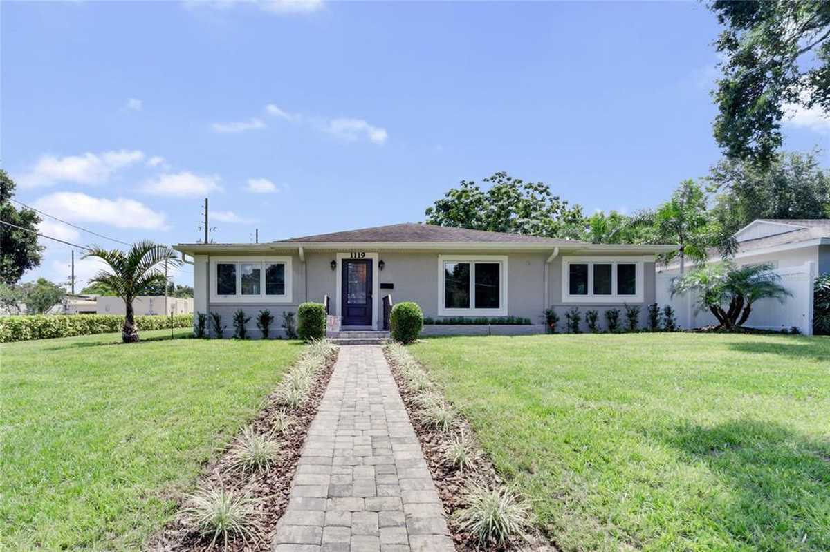 $499,900 - 3Br/2Ba -  for Sale in Lake Highland Heights, Orlando