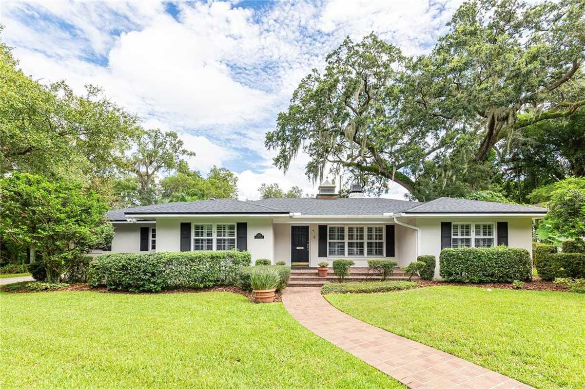 $750,000 - 3Br/3Ba -  for Sale in Edgewater Heights No 2, Orlando
