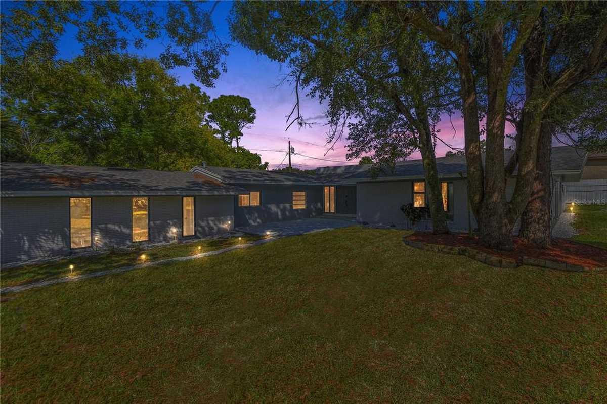 $435,000 - 4Br/4Ba -  for Sale in Sanlando Spgs, Longwood