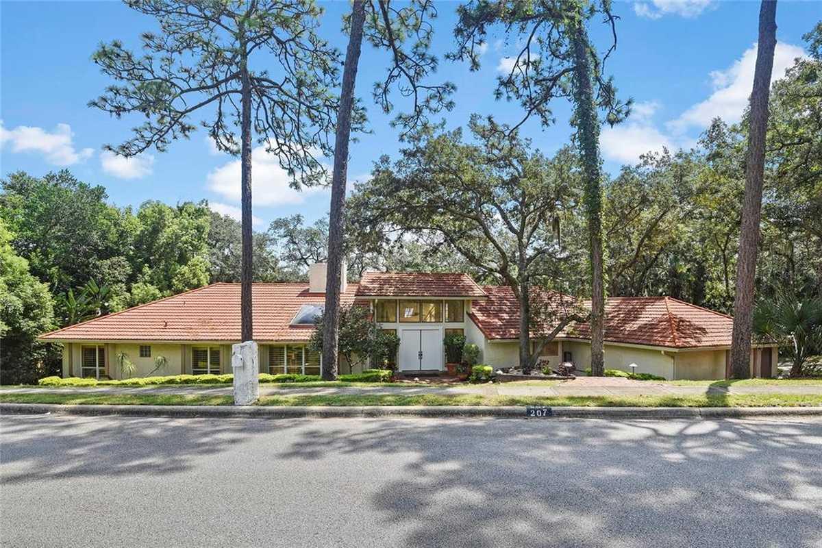 $995,000 - 4Br/4Ba -  for Sale in Sweetwater Oaks Sec 16, Longwood