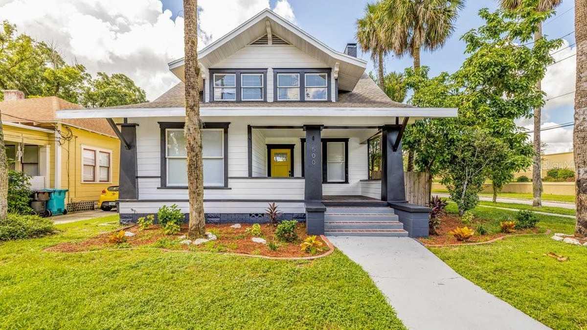 $639,000 - 4Br/3Ba -  for Sale in Douglass Sub, Orlando