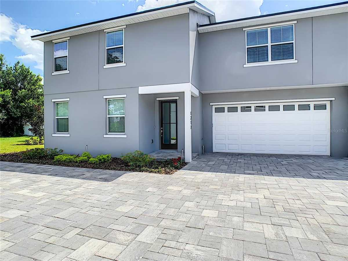 $444,900 - 3Br/3Ba -  for Sale in Belle Vista, Orlando