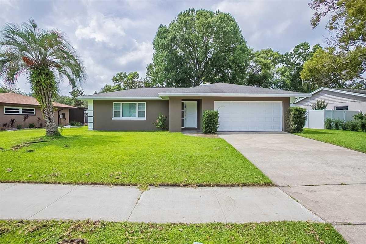 $381,000 - 3Br/2Ba -  for Sale in Dover Manor, Orlando