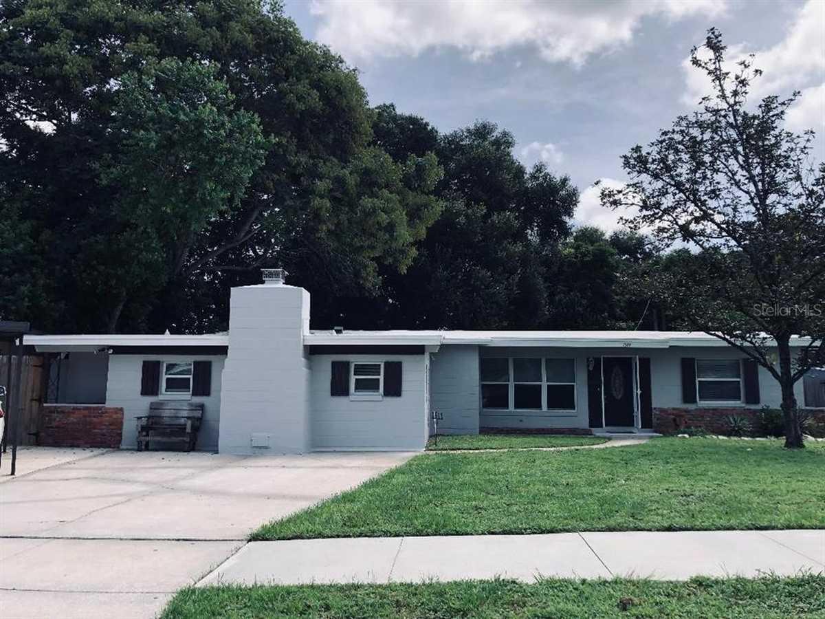 $399,000 - 4Br/2Ba -  for Sale in Dover Shores Sixth Add, Orlando