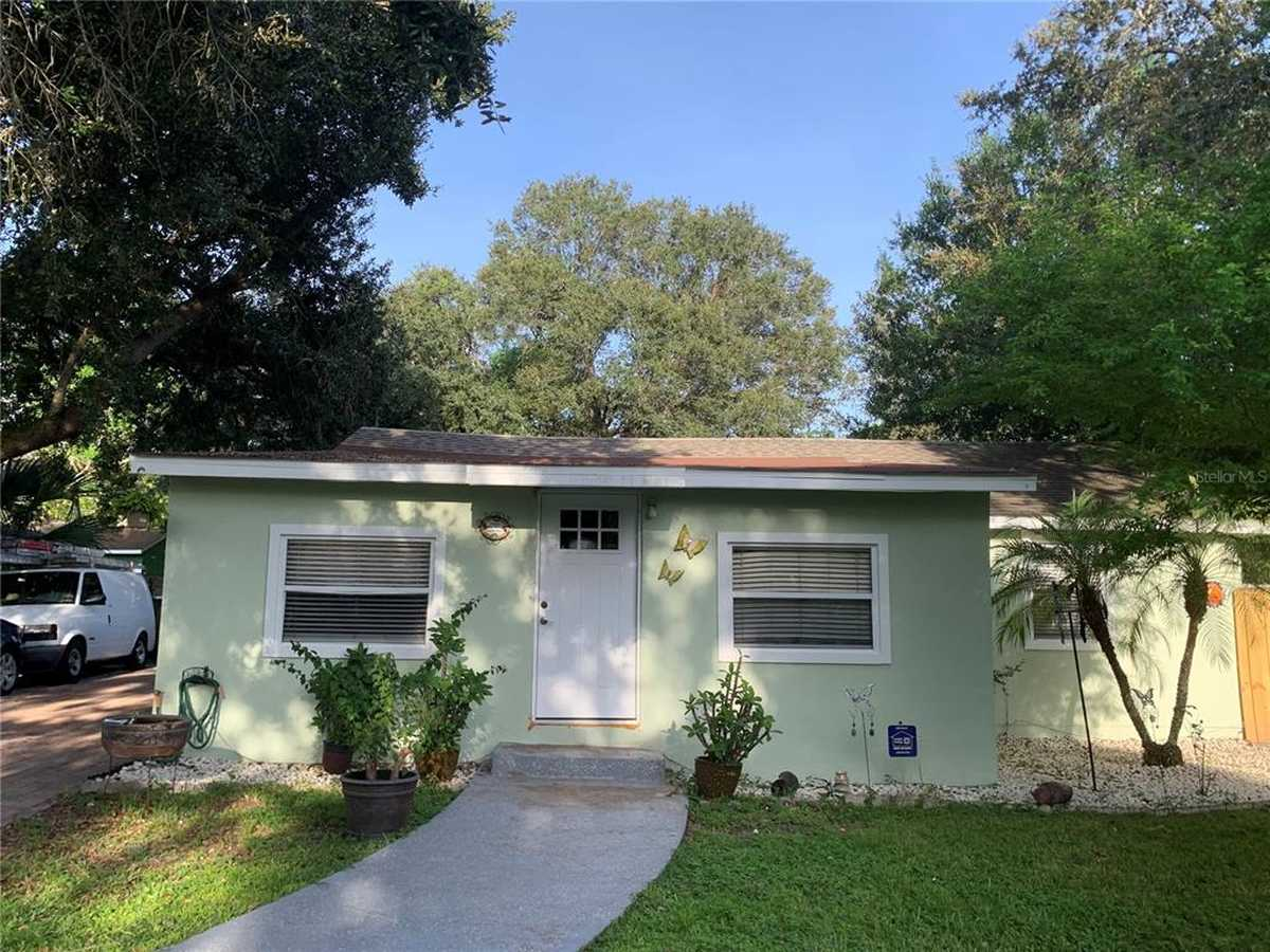 $230,000 - 3Br/1Ba -  for Sale in Westchester Place, Winter Garden