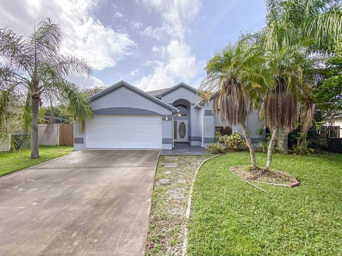 $374,300 - 3Br/2Ba -  for Sale in Twin Rivers, Oviedo