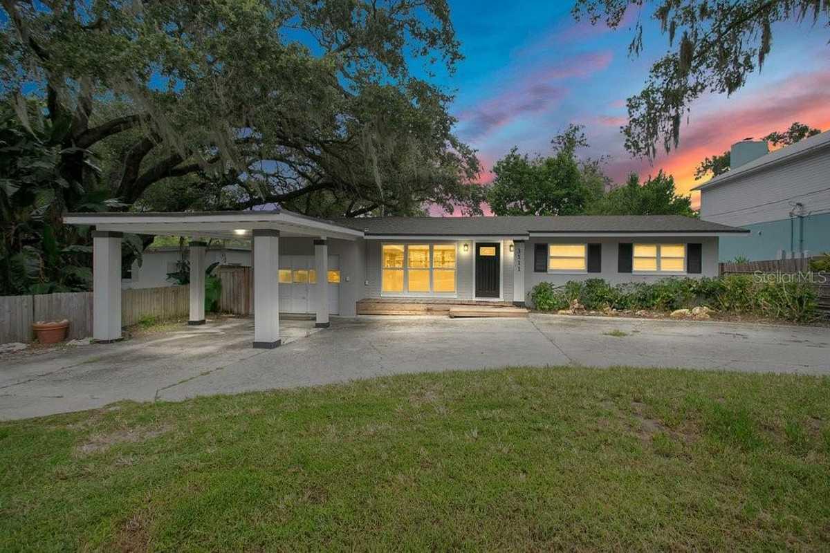 $448,850 - 3Br/2Ba -  for Sale in Acreage & Unrec, Orlando