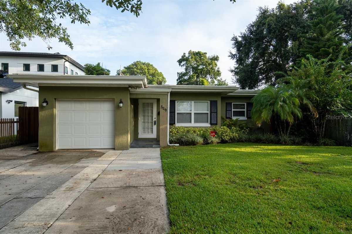 $495,000 - 3Br/2Ba -  for Sale in Anderson Park, Orlando