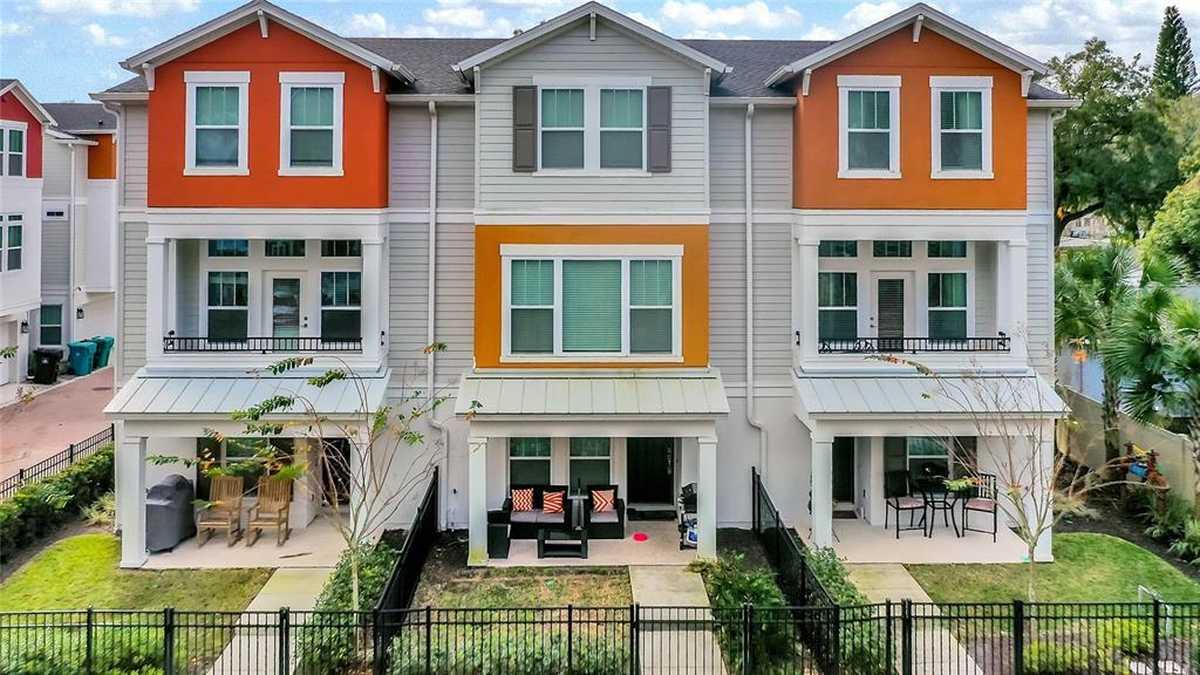 $539,900 - 3Br/4Ba -  for Sale in Park Lake Hlnd, Orlando