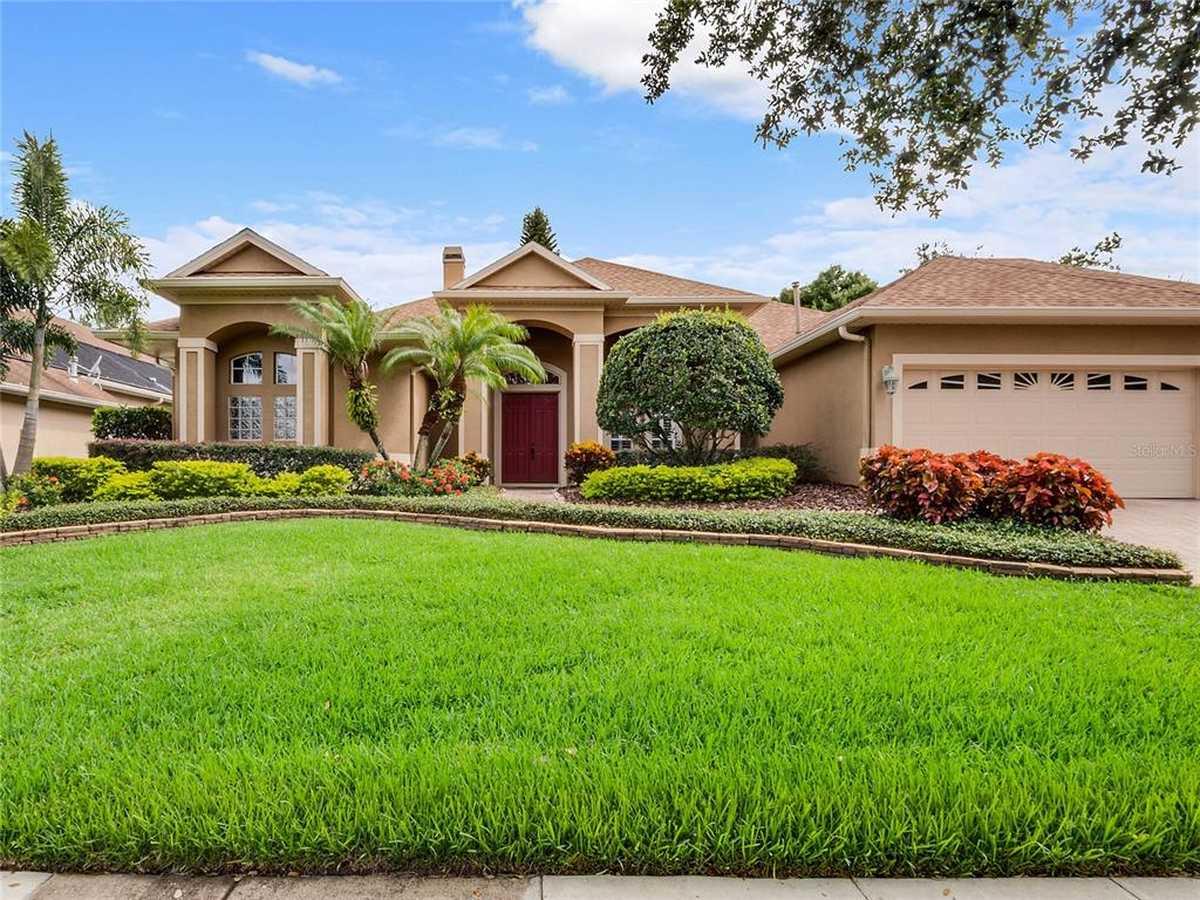 $650,000 - 4Br/3Ba -  for Sale in Windermere Ridge 47 50, Orlando