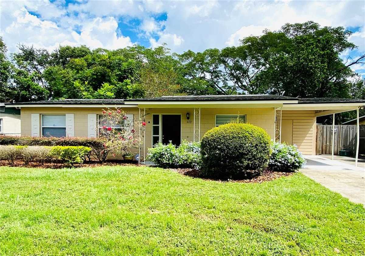$269,900 - 3Br/2Ba -  for Sale in Southwood Sub, Orlando