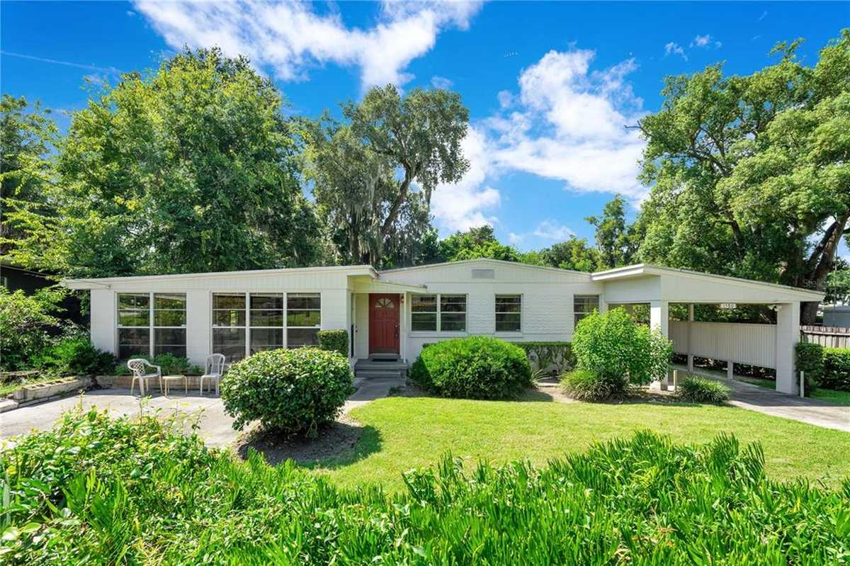 $325,000 - 3Br/2Ba -  for Sale in Waterwitch Club, Orlando