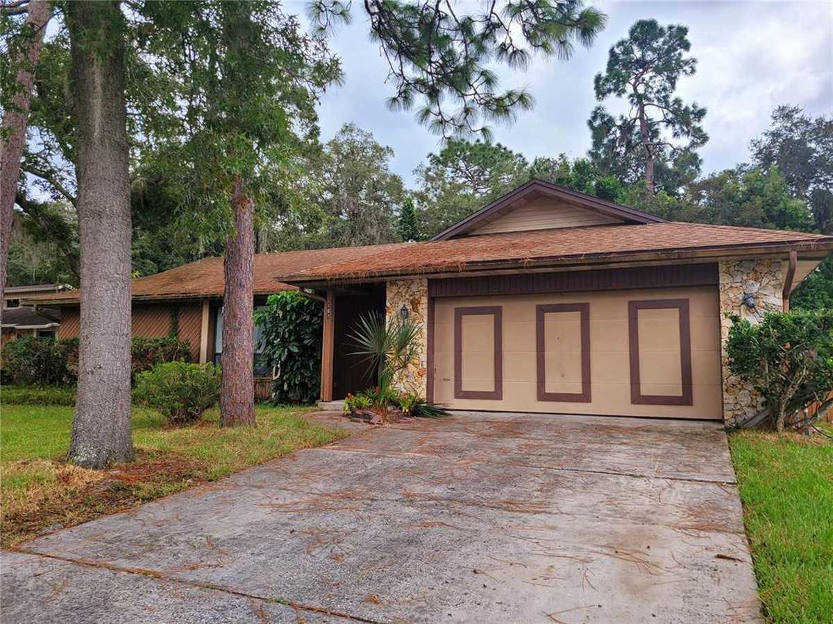 $349,900 - 4Br/2Ba -  for Sale in Wekiva Hills Sec 05, Longwood