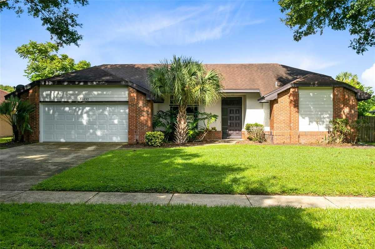 $474,900 - 4Br/2Ba -  for Sale in Sand Lake Point, Orlando