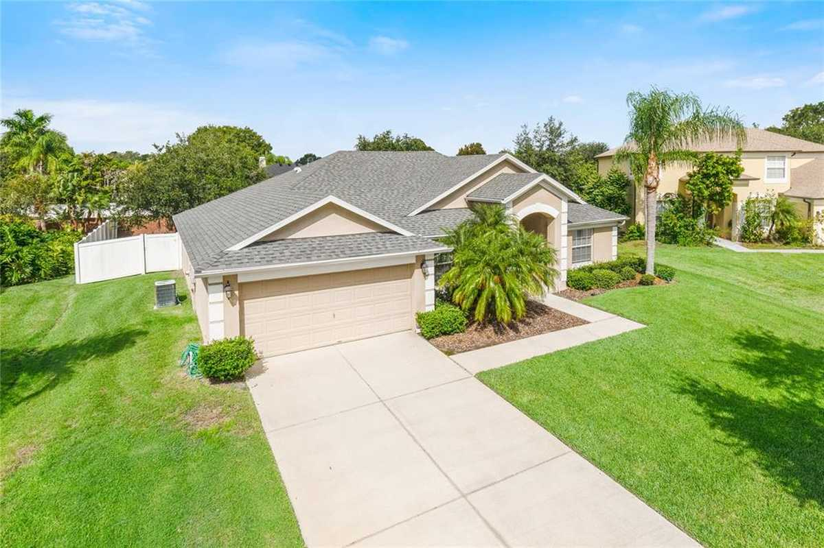$380,000 - 3Br/2Ba -  for Sale in Chapin Station A, Winter Garden