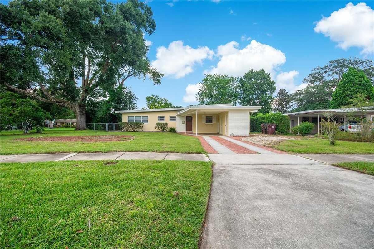 $345,000 - 3Br/2Ba -  for Sale in Lake Arnold Terr, Orlando