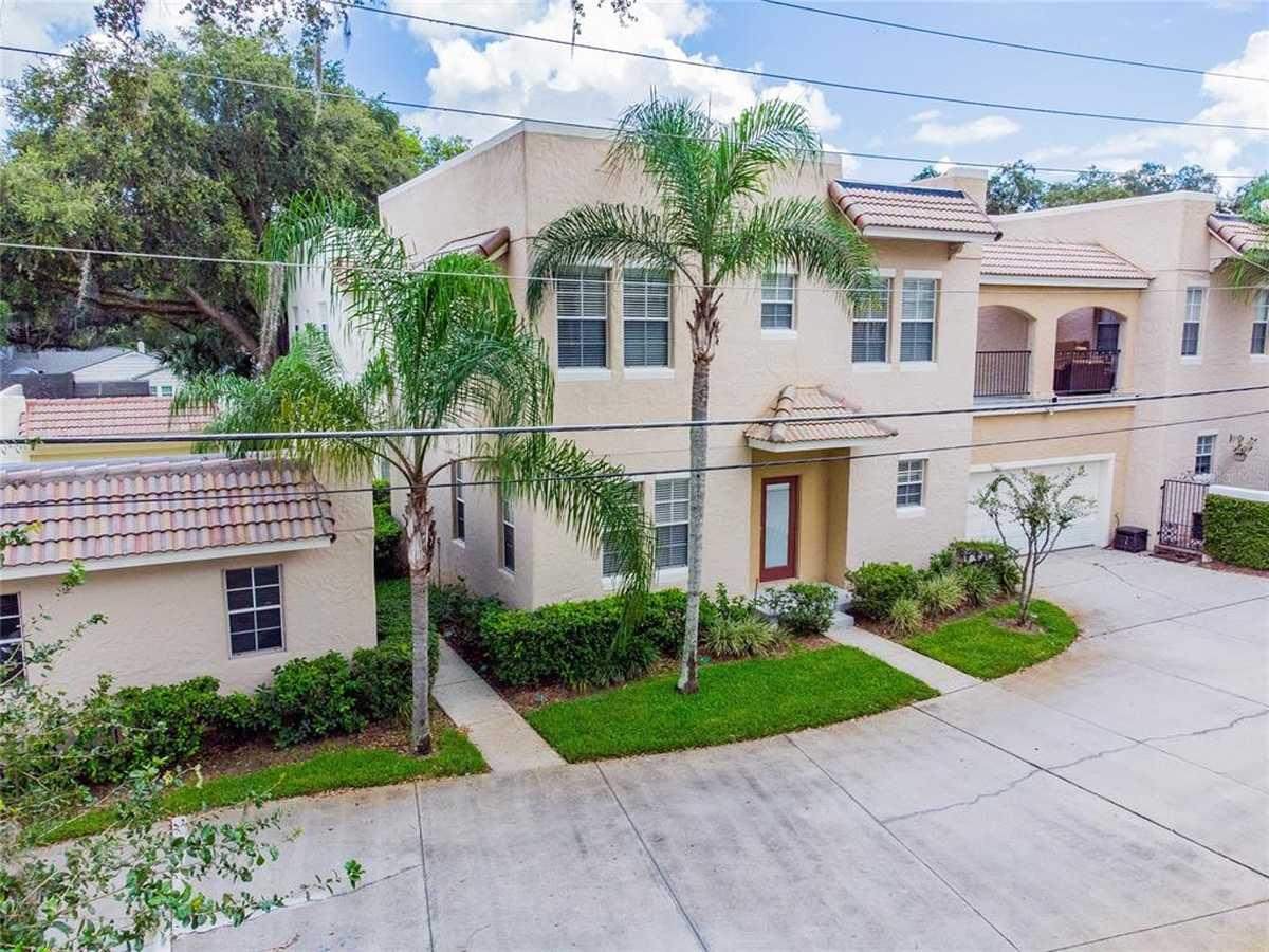 $365,000 - 3Br/3Ba -  for Sale in Atkins Place Condo, Orlando