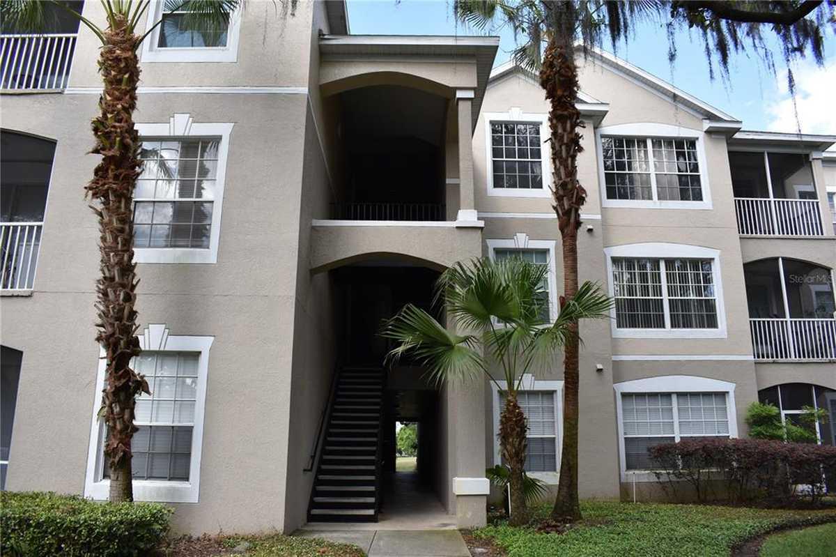 $220,000 - 3Br/2Ba -  for Sale in Golf Ridge Condo, Orlando