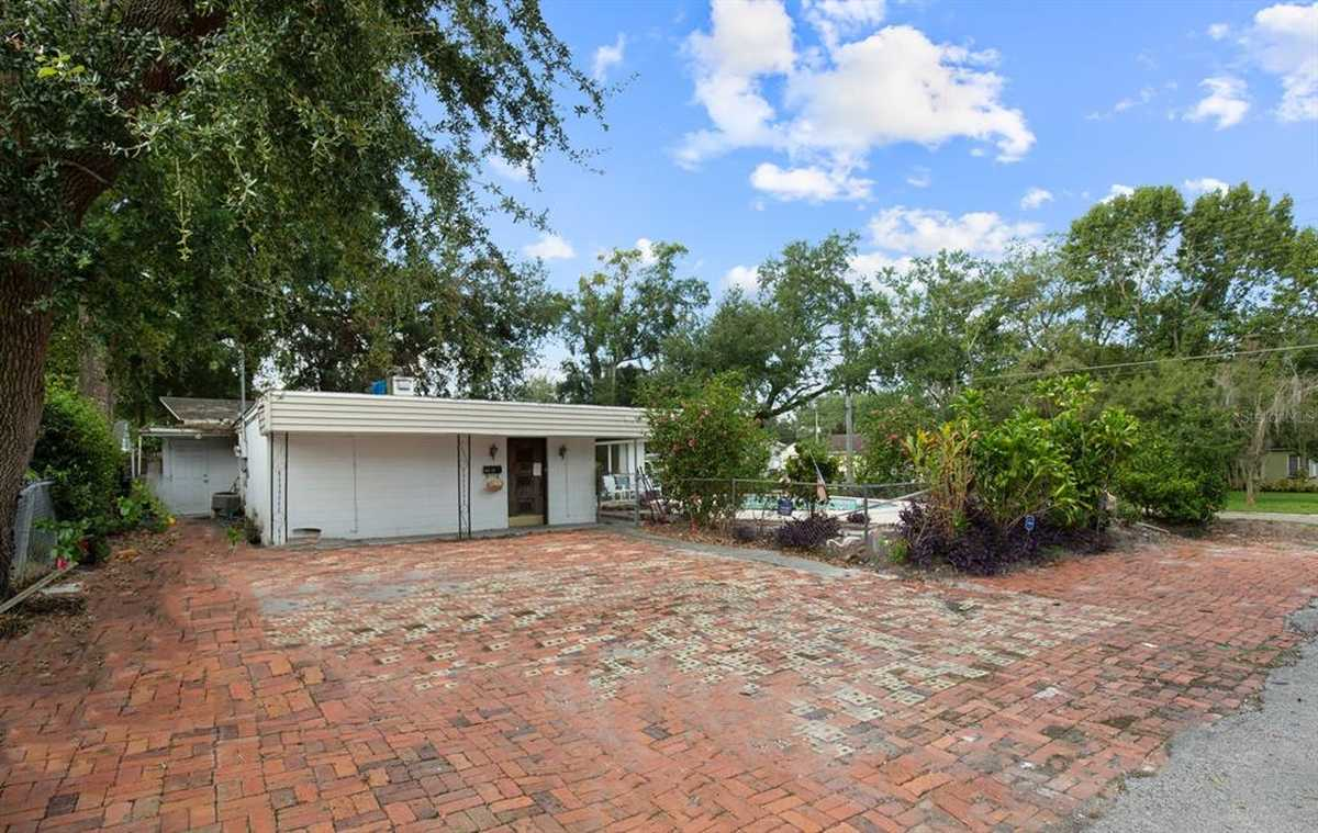 $550,000 - 3Br/3Ba -  for Sale in Pember Terrace, Orlando