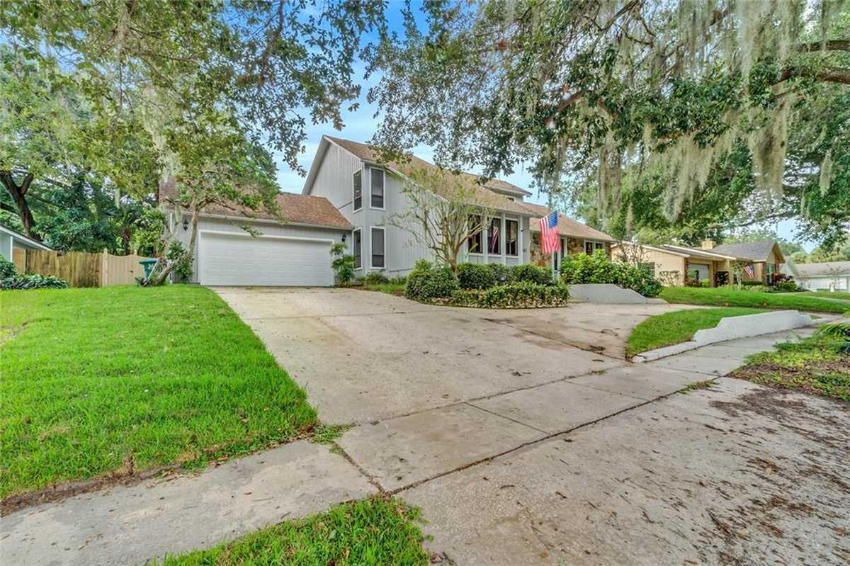 $659,000 - 4Br/3Ba -  for Sale in Versailles, Maitland