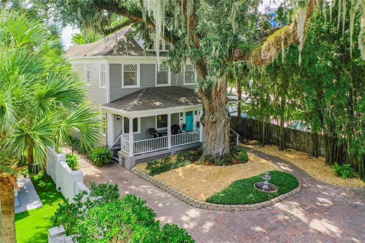 $787,000 - 4Br/3Ba -  for Sale in Copeland Terrace, Orlando