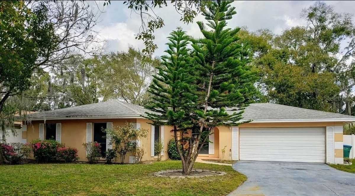 $375,000 - 3Br/2Ba -  for Sale in Lake Searcy Shores, Longwood