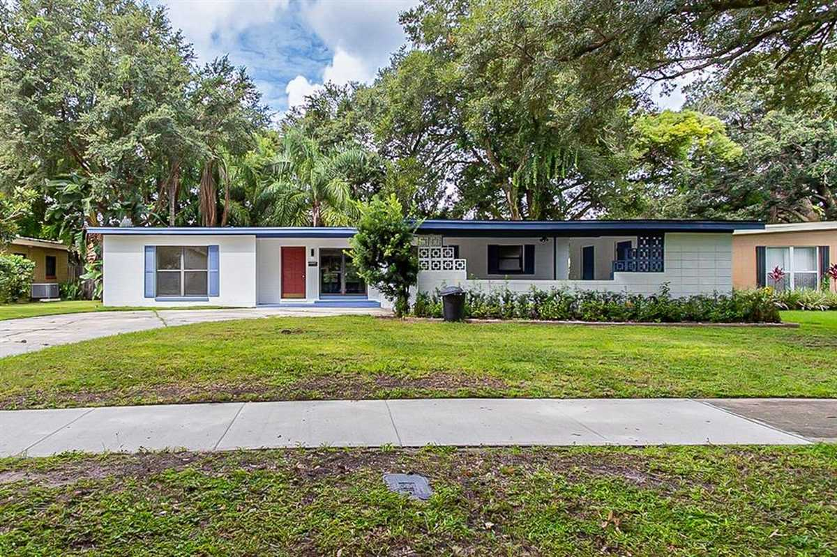 $352,000 - 3Br/2Ba -  for Sale in Dover Shores Third Addition, Orlando