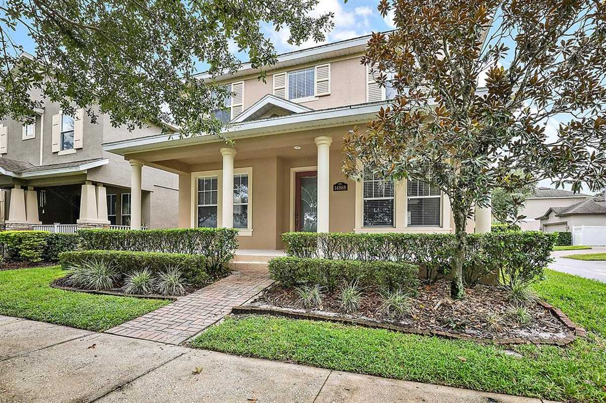 $569,000 - 4Br/4Ba -  for Sale in Signature Lakes Prcl 01c, Winter Garden