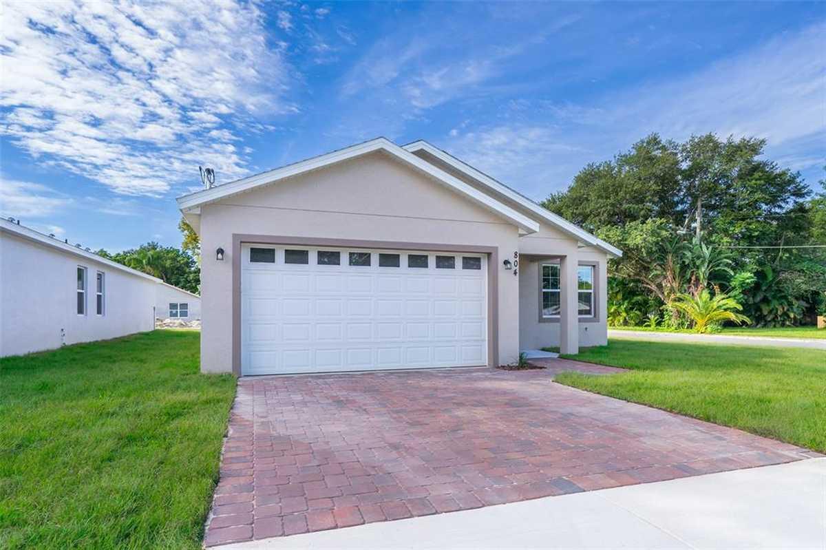 $414,900 - 4Br/3Ba -  for Sale in Lake Wayman Heights Lake Add, Longwood