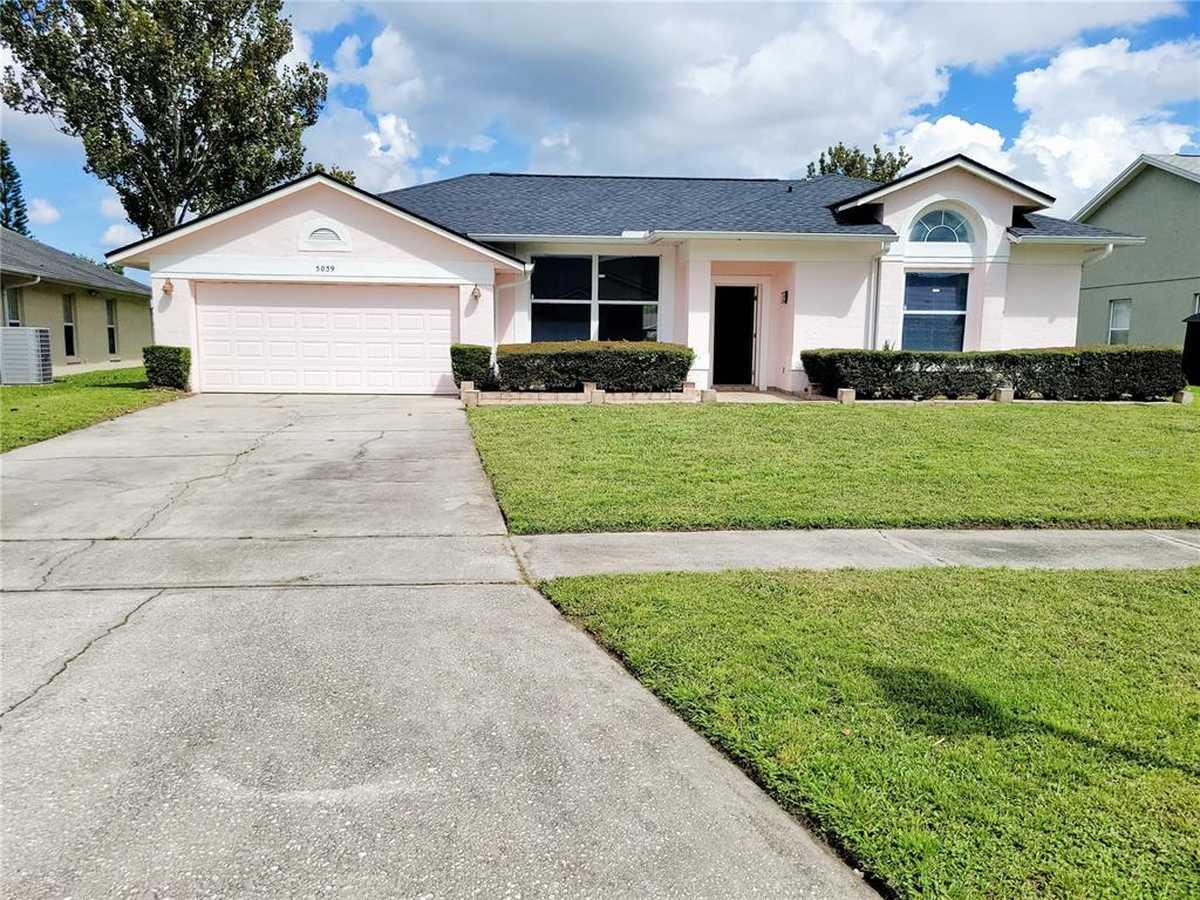 $399,999 - 4Br/2Ba -  for Sale in Deer Creek Village Sec 05, Orlando