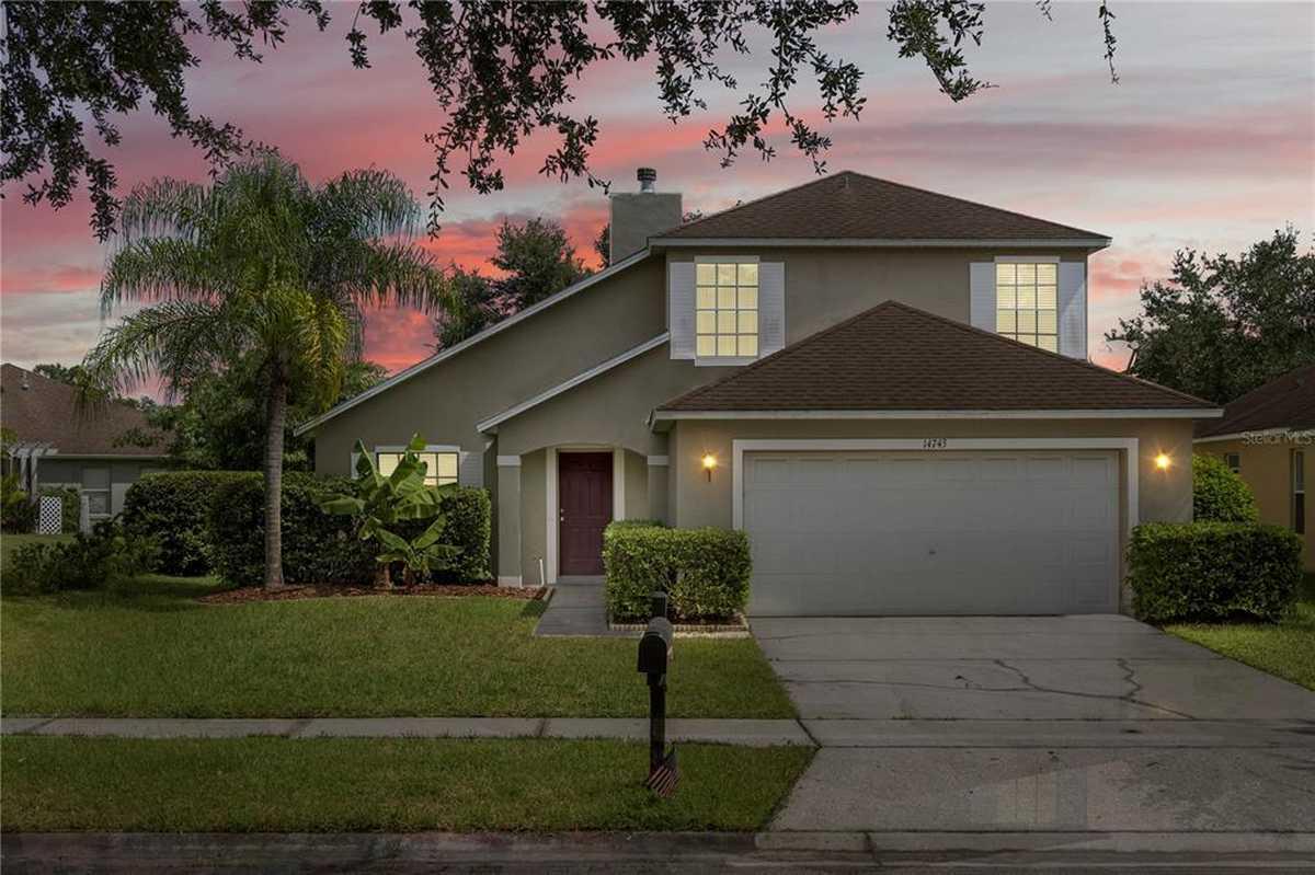 $375,000 - 3Br/3Ba -  for Sale in Stoneybrook, Orlando