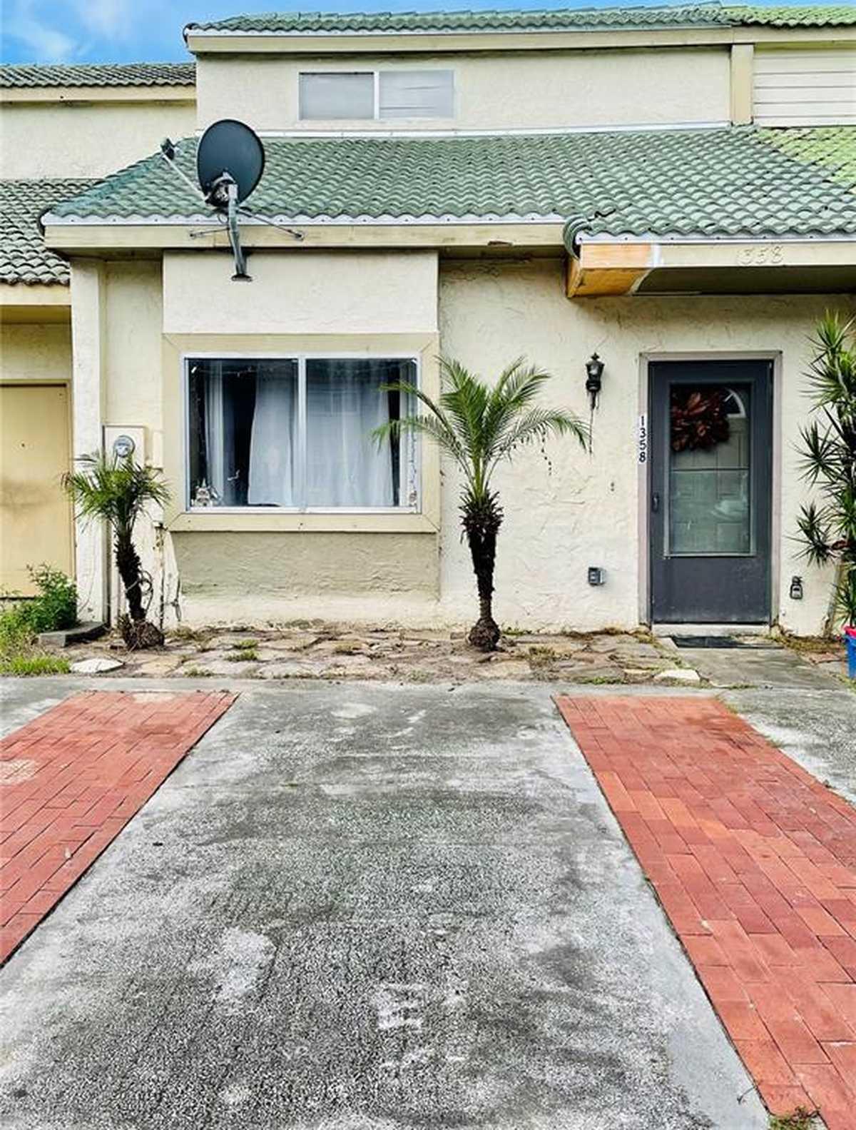 $175,000 - 2Br/2Ba -  for Sale in Village Grove Ph 02, Winter Garden