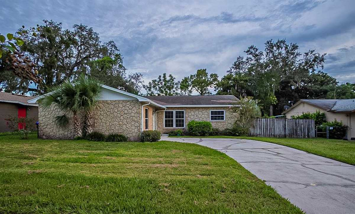 $330,000 - 4Br/2Ba -  for Sale in Holiday Heights, Orlando