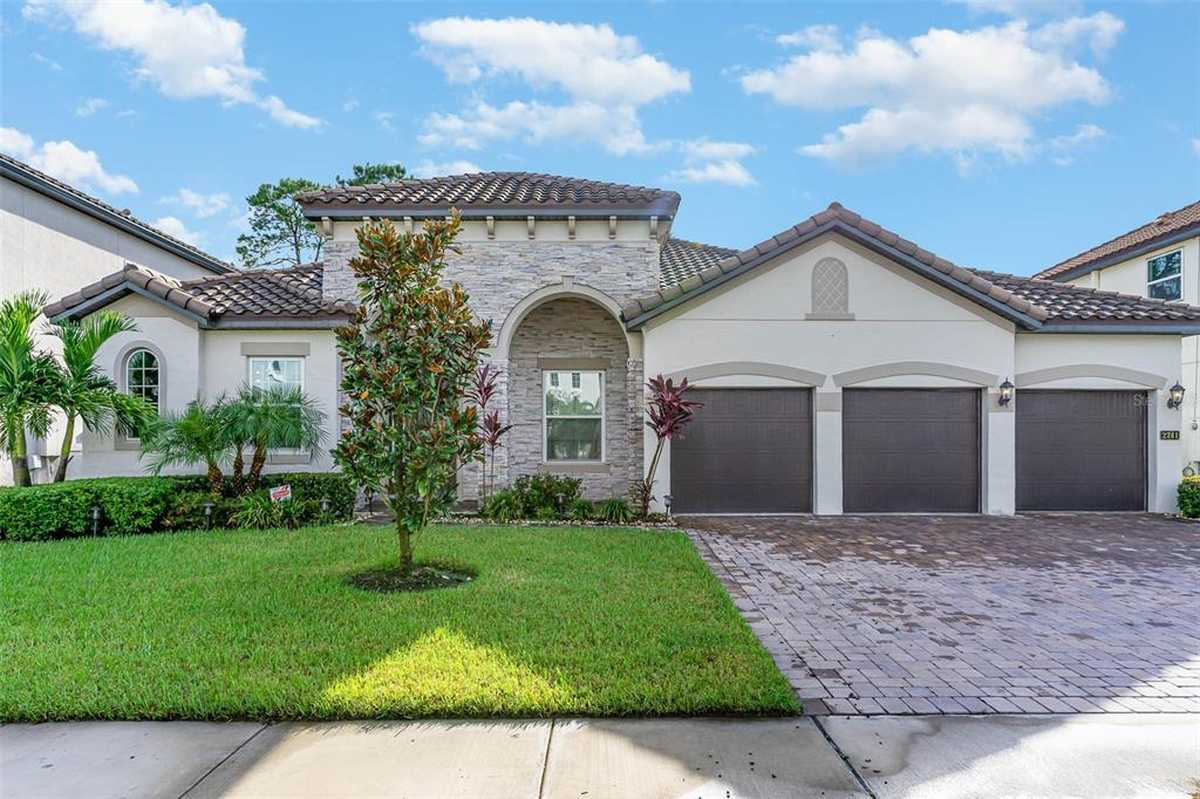 $765,000 - 4Br/4Ba -  for Sale in Tuscawilla Estates, Oviedo