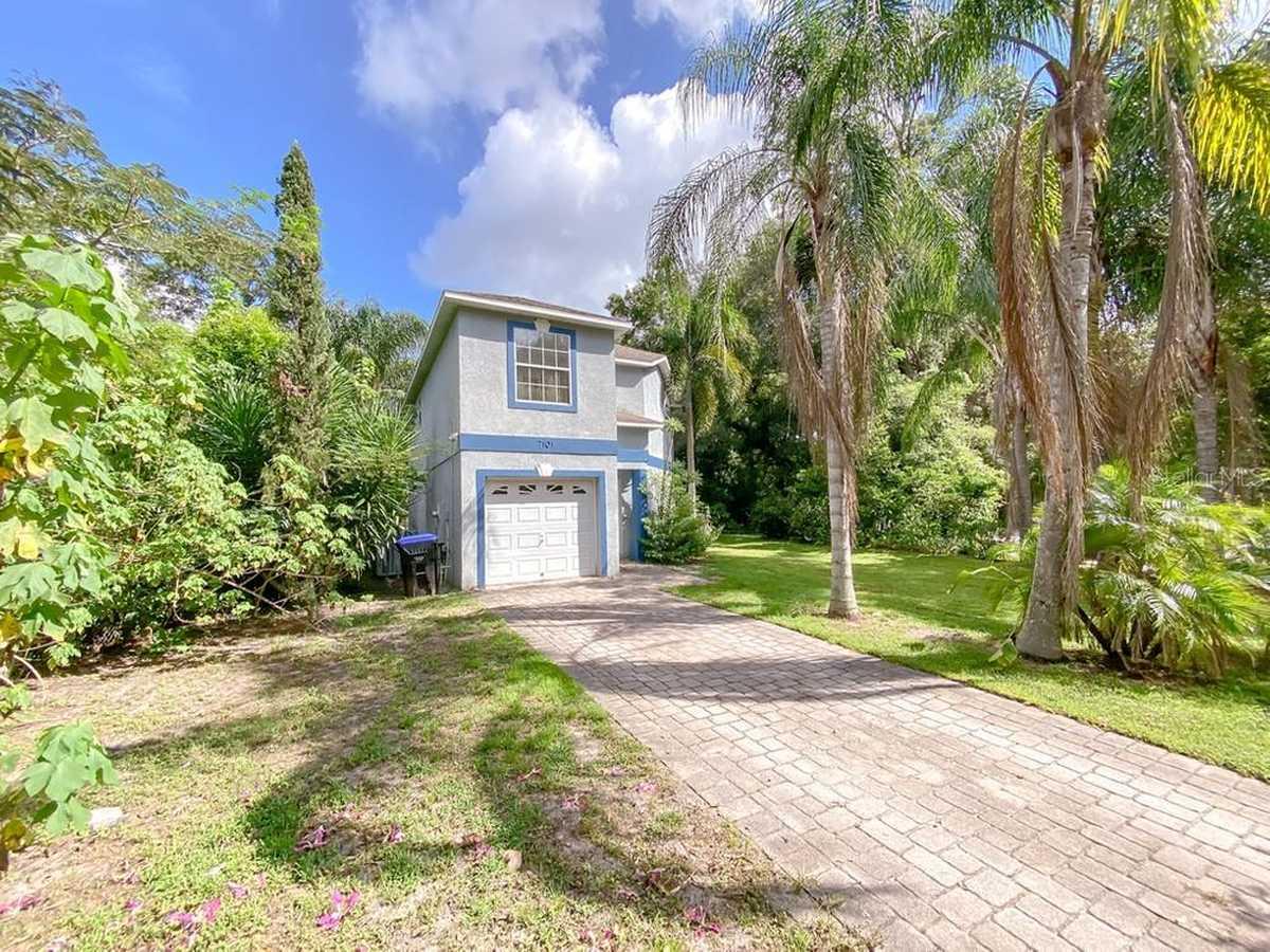 $275,900 - 3Br/3Ba -  for Sale in Lockhart, Orlando