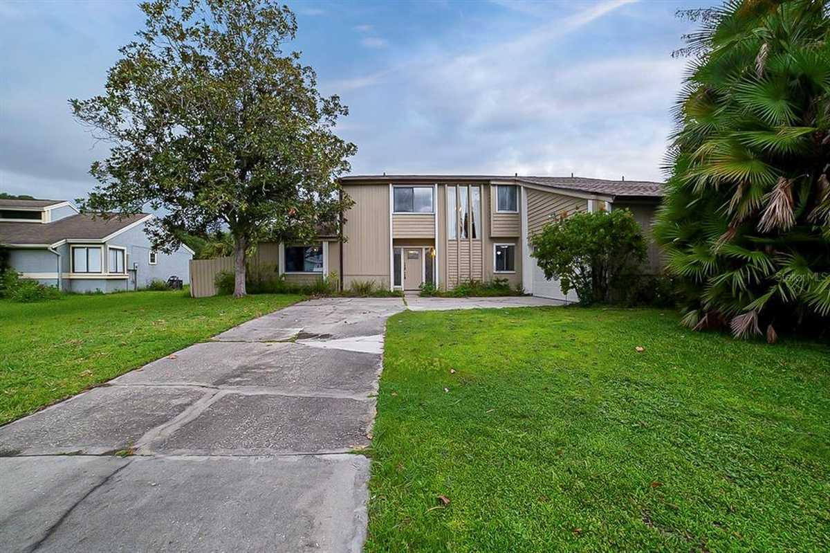 $440,000 - 4Br/2Ba -  for Sale in Bay Lagoon Unit 2, Longwood