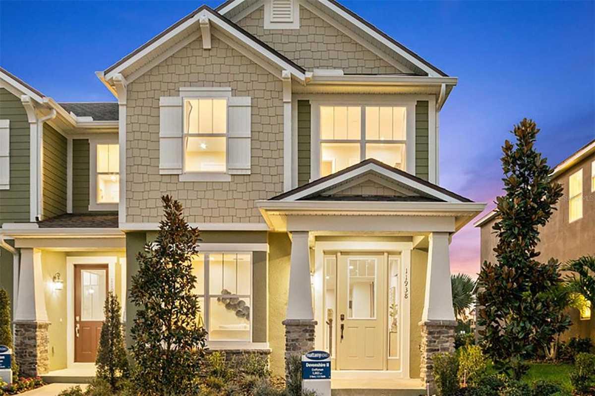 $435,990 - 3Br/3Ba -  for Sale in Meridian Parks, Orlando