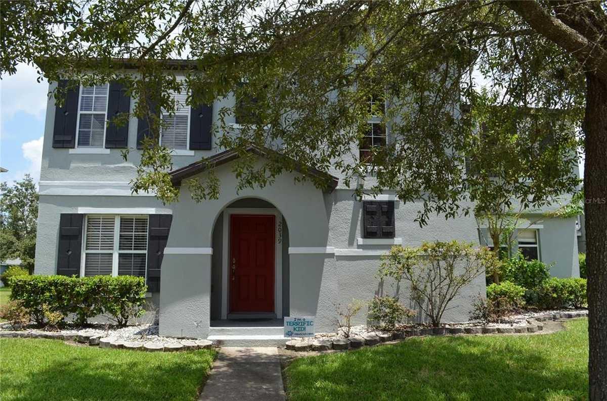$465,000 - 4Br/3Ba -  for Sale in Avalon Park Village 06, Orlando
