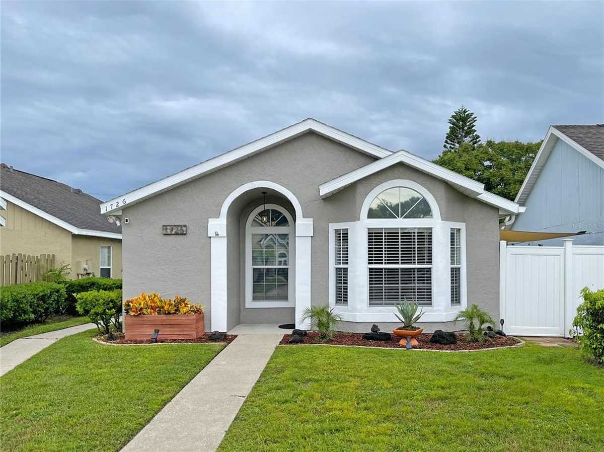 $315,000 - 3Br/2Ba -  for Sale in Winter Green, Winter Park