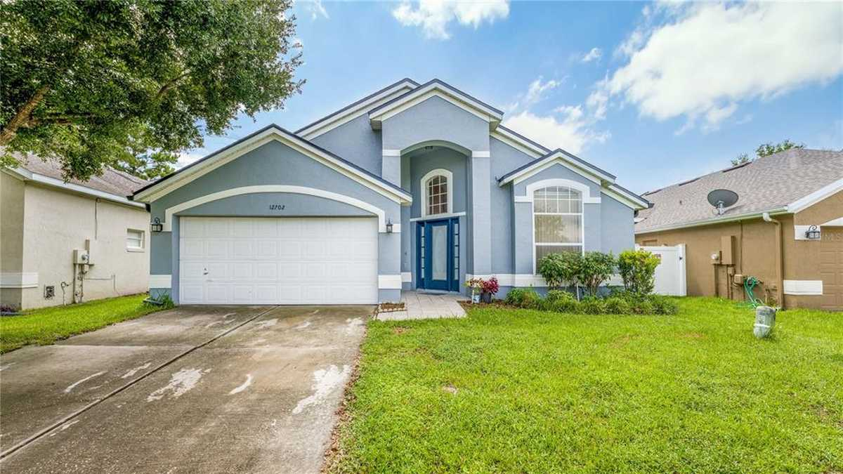 $364,500 - 4Br/2Ba -  for Sale in Waterford Lakes Tr N11 Ph 02, Orlando