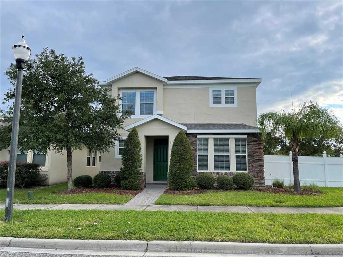 $449,900 - 4Br/3Ba -  for Sale in Millenia Park Ph 1, Orlando